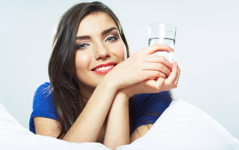 5 Manfaat Penting Air Mineral untuk Kulit Cantik