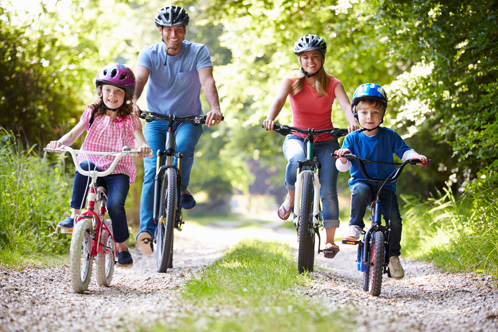 Selain Menurunkan Berat Badan, Ketahui Juga 3 Manfaat Bersepeda Berikut Ini!
